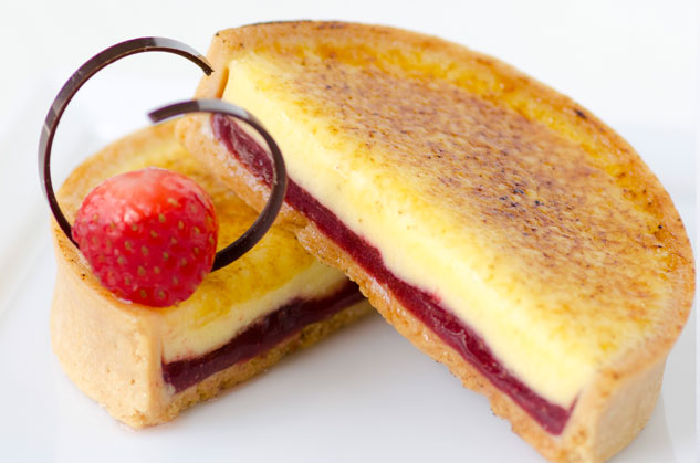 Crème Brûlée Tart with Light Strawberry Filling